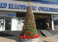 深圳商业中心仿真圣诞树
