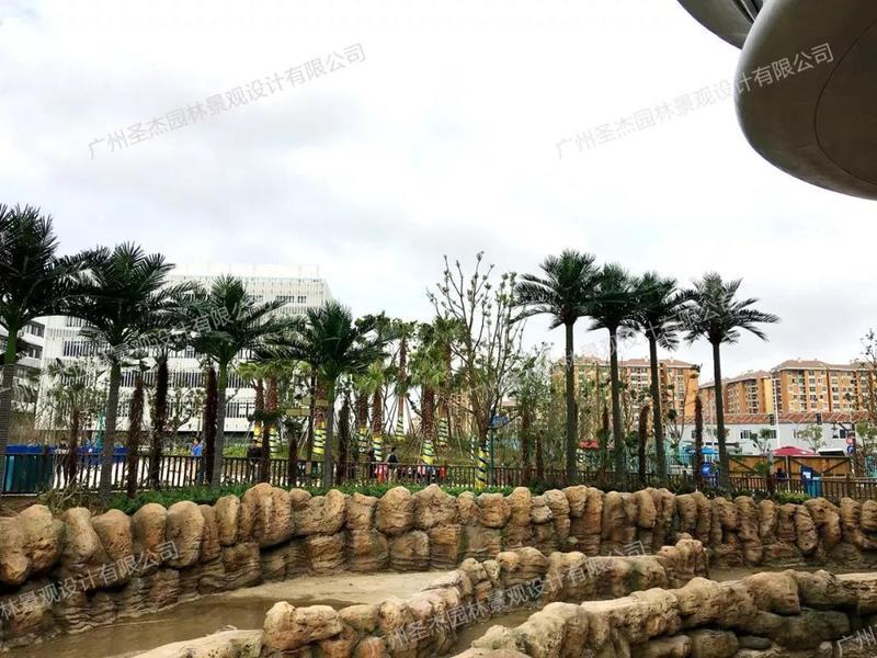 仿真椰子树和仿真海藻树