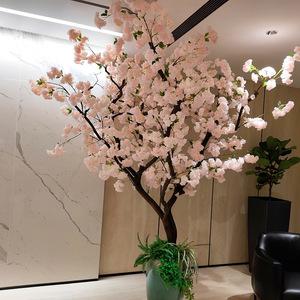 室内仿真樱花树图片