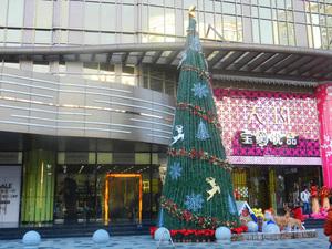 海南酒店大型仿真圣诞树