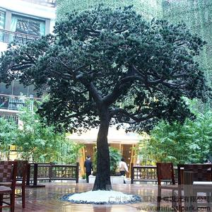 大型玻璃钢仿真松树