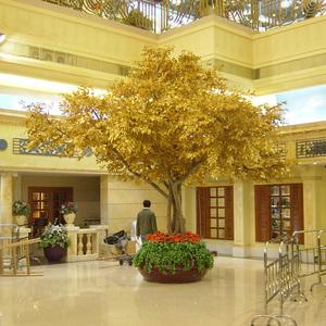 金色仿真榕树