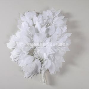 白色仿真榕树叶