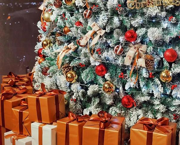 仿真圣诞树.jpg